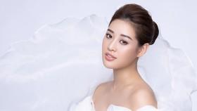 Hoa hậu Khánh Vân kể câu chuyện của những dải lụa