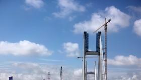 Cầu Cao Lãnh bắc qua sông Tiền sắp hoàn thành