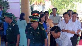 Dâng hương kỷ niệm 56 năm Ngày hy sinh nữ Anh hùng Phan Thị Ràng