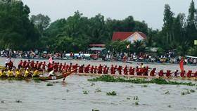 Hàng trăm ngàn người dự Ngày hội văn hóa đồng bào Khmer ở Kiên Giang