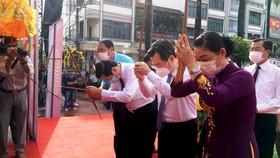 Dâng hương kỷ niệm 152 năm Anh hùng dân tộc Nguyễn Trung Trực hy sinh
