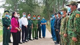 Phó Chủ tịch nước Võ Thị Ánh Xuân kiểm tra phòng, chống dịch Covid-19 ở Kiên Giang