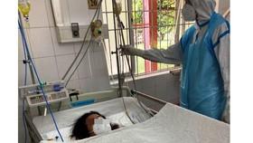 Cứu sống mẹ con sản phụ mắc Covid-19, suy hô hấp nặng