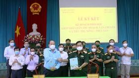 Quân khu 9 hỗ trợ An Giang thu hoạch, vận chuyển nông sản