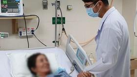 Tự ý uống thuốc dân gian ngừa Covid-19, một bệnh nhân suýt tử vong