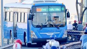 Xe buýt sử dụng khí nén CNG