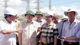 Kiểm tra tiến độ dự án Nhà máy điện mặt trời Trung Nam - Thuận Nam 450MW