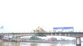 Hợp long cầu Phước Lộc huyện Nhà Bè sau 8 năm thi công