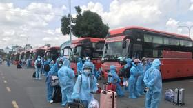 Phương Trang hỗ trợ hơn 600 xe phục vụ chống dịch Covid-19  