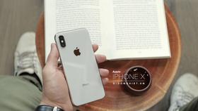 iPhone X vẫn được người dùng tin chọn