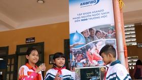 Máy lọc nước Asanzo được trao cho các trường học