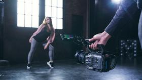 Máy quay FX6 của Sony