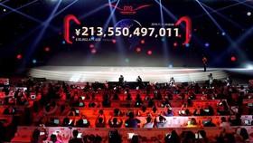 Lễ hội 11-11 của Alibaba ghi nhận một con số tổng giá trị hàng hóa kỷ lục là 498,2 tỷ nhân dân tệ, tăng 26% so với cùng kỳ năm 2019