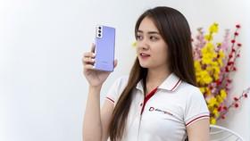 Samsum S21 giảm giá tại Di động Việt từ ngày 26 đến 28-2