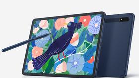 Galaxy Tab S7 và Galaxy Tab S7+  đều thoải mái dùng với bút Spen