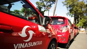 Vinasun Taxi màu đỏ đã xuất hiện trên đường