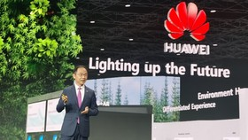 Giám đốc điều hành Huawei Ryan Ding: Đổi mới sáng tạo đang thắp sáng tương lai của mọi ngành công nghiệp
