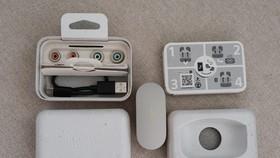 Mở hộp tai nghe Sony WF-1000XM4 chính hãng tại Việt Nam