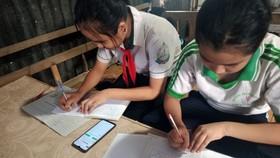 Chương trình sẽ giúp học sinh học tập tốt hơn, gIảm bớt gánh nặng thiếu thiết bị học tập online như hiện nay