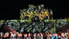 Mãn nhãn với bữa tiệc âm thanh và ánh sáng tại Hoàng thành Thăng Long