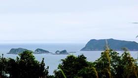 Khảo sát xây dựng cột mốc tâm linh trên đảo Trần