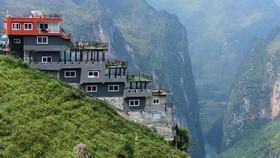 Cải tạo công trình ngắm cảnh trên Mã Pì Lèng theo kiến trúc của người H'Mông