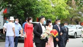 Vận động người dân hoãn, lùi thời gian cưới