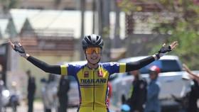 Tay đua Somrat chính thức soán Áo vàng.