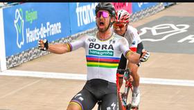 Peter SaganSagan là tay đua thu nhập cao nhất làng xe đạp.