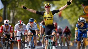 Wout Van Aert có mức lương thuộc hàng top giới xe đạp.