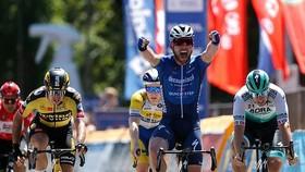 Mark Cavendish có thể vắng mặt Tour de France để không bận lòng đồng đội
