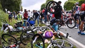 Rất nhiều tay đua đã gặp nạn ở chặng đầu tiên