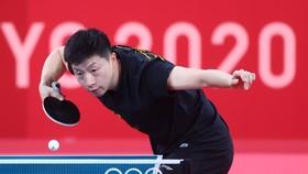 Ma Long tập luyện tại Tokyo chuẩn bị bảo vệ ngôi vô địch