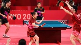 Niềm vui của hai tay vợt Nhật Bản khi giành chiến thắng