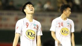 Đội HA.GL đã có trận thua thứ 4 liên tiếp từ đầu giai đoạn 2. Ảnh: HOÀNG HÙNG