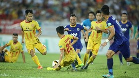 Nam Định giành được 1 điểm quý giá tại xứ Thanh. Ảnh: MINH HOÀNG