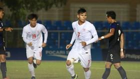 Myanmar giành vé đi tiếp sau chiến thắng ngược dòng trước Campuchia.