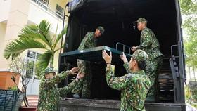 Bộ Tư lệnh TPHCM triển khai hơn 300 cán bộ chiến sĩ phòng chống dịch Covid-19