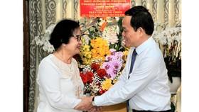 """Phó Bí thư Thường trực Thành ủy TPHCM Trần Lưu Quang: """"Ghi nhớ công lao của các thầy thuốc"""""""