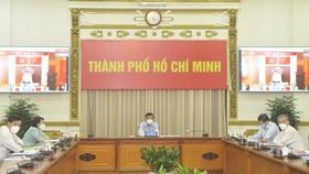 Chủ tịch UBND TPHCM Nguyễn Thành Phong: Đặt sức khỏe, tính mạng của người dân lên trên hết