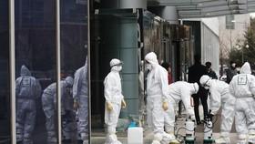 Hàn Quốc xác nhận ca tử vong thứ 11, số ca nhiễm Covid-19 lên gần 1.000