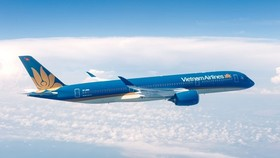 Shares of Vietnam Airlines soar prior to official listing on HOSE