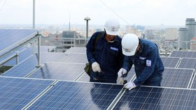 Nearly 13,000 rooftop solar power projects sell electricity to EVN