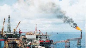 Oil exploitation drops, coal increases