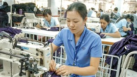 Garment and textile is one of the most advantageous industries when the EVFTA comes into effect. (Photo: SGGP)