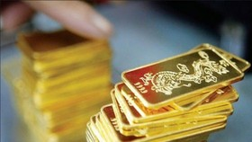 Gold declines by VND1.35 million per tael
