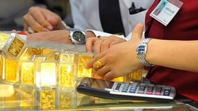 Gold loses VND1.05 million per tael further