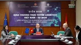 The Video Interactive Business Matching Forum Vietnam - EU Logistics 2020 takes place on December 9 from the Hanoi end . (Photo: SGGP)