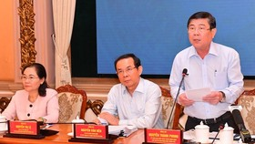 Chairman of the People's Committee of Ho Chi Minh City, Mr. Nguyen Thanh Phong, speaks at the conference. (Photo: SGGP)