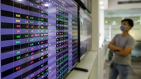 VN-Index climbs for seventh straight trading session, jumping nearly 18 points